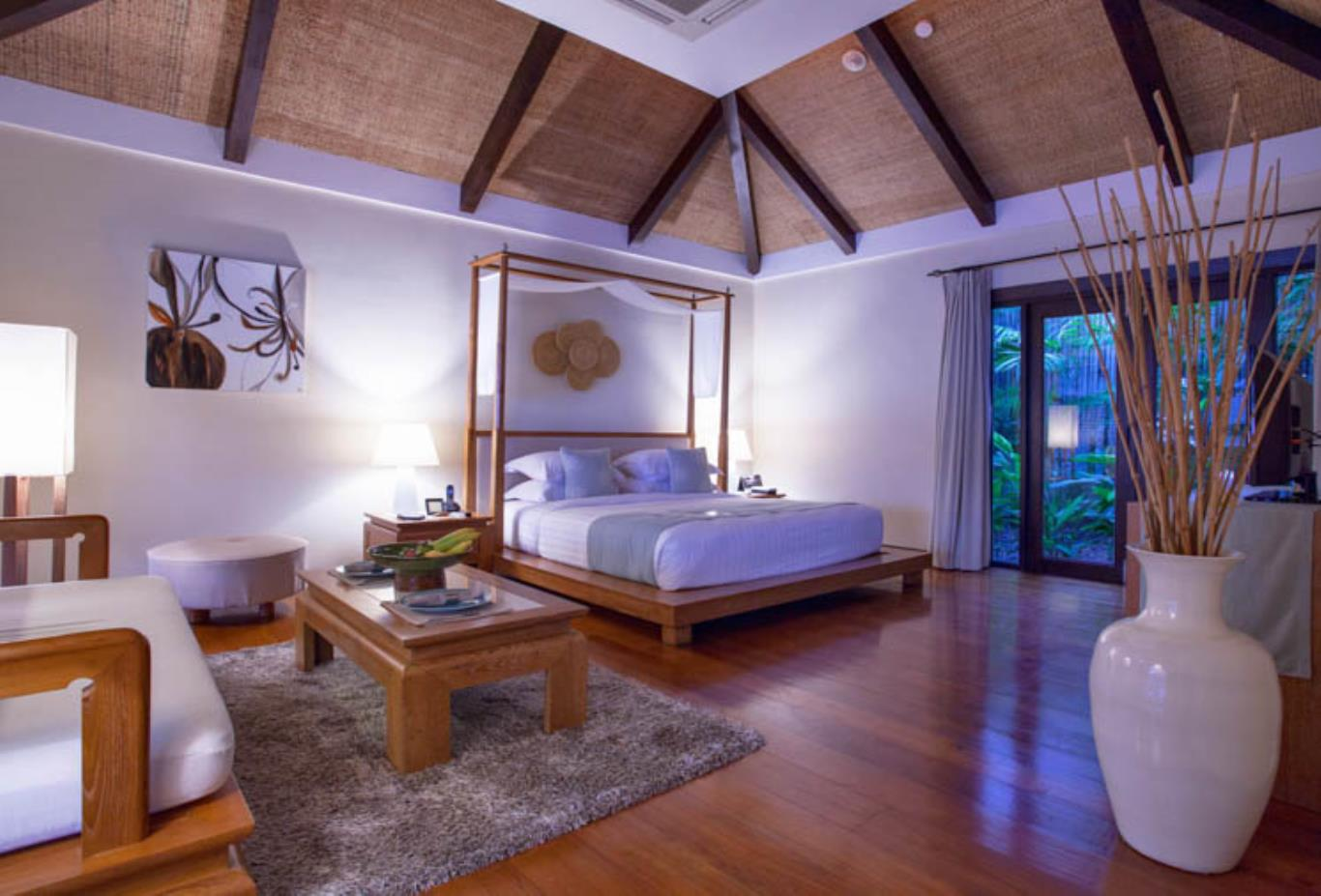 Seafront Pool Villa interior bedroom